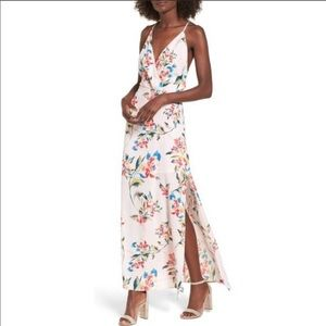 Lush floral maxi dress size small
